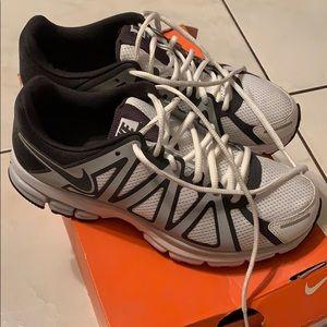 Nike span 8